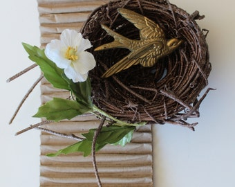 One Rustic Glittered Bronze Nest