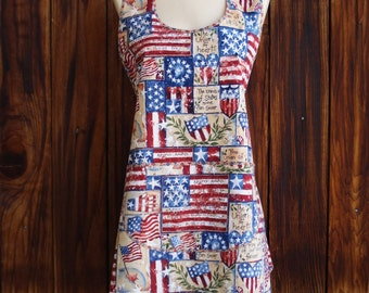 True Vintage Style Apron in Yankee Doodle Patriotic Print by Teresa Kogut - One Size Fits Most - Ready to Ship