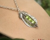 Pea In A Pod, Pea In The Pod, Green Pearl Peapod Necklace, Fresh Water Pearl Pea Pod Necklace, Mother's Day, Maternity Pearl Necklace
