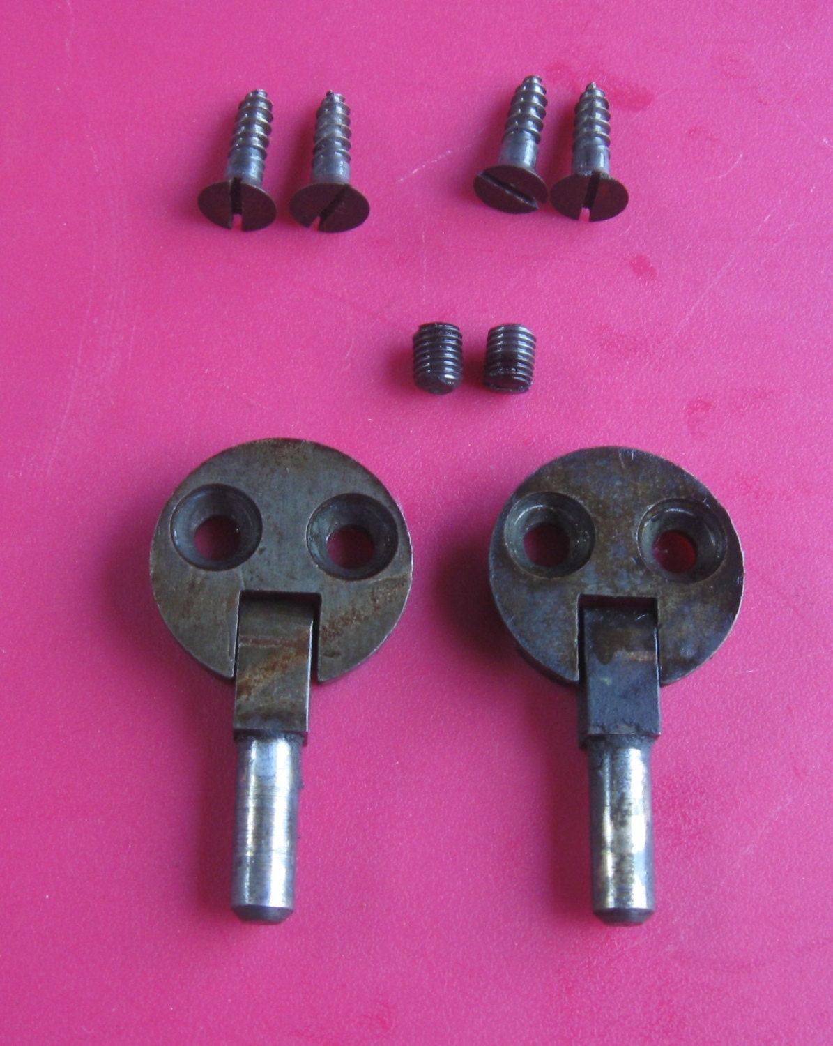 sewing machine cabinet hinges