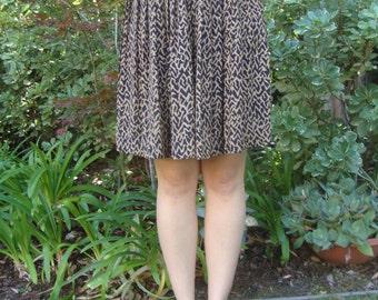 Vintage Ethnic Print Pleated Skirt XS/S
