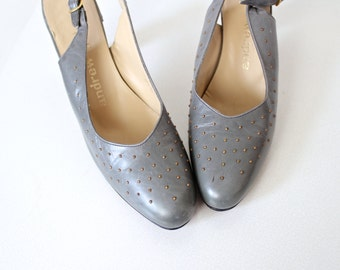 1960s Shoes • Slingbacks • Andrew Geller Shoes • 1960s Heels • 60s Pumps • Slingback Shoes • Grey Shoes • Gray Leather Pumps • Studded Shoes