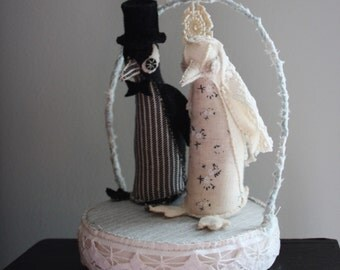 Penguin bride and groom wedding cake topper