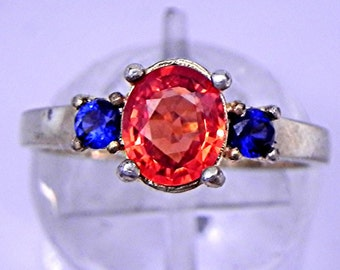 Natural Neon Orange and Blue Sapphire three stone ring 7x6mm 1.02 carat in 14K Yellow gold