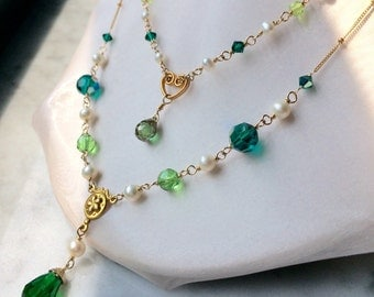 Green crystal and pearl gold necklace for Lady Morgana double strand