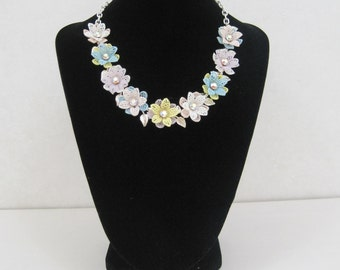 Vintage 50s Necklace Soft Plastic Flowers w/ Rhinestone Centers Pastel Choker