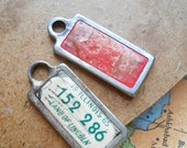 two illinois license plate tag keychain - vintage found object ephemera charms