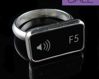 SALE - Computer Key Jewelry - Custom Sterling Black or White Function F5 Music Volume Key Ring - Size 6.5