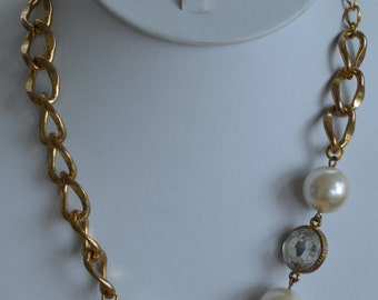 """Pretty Vintage Faux Pearl, Faux Crystal Gold tone Link Necklace, Adjustable, 18""""-20-1/2"""" (K14)"""