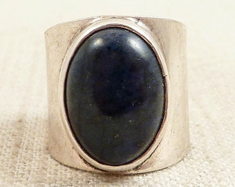 SALE ---- Size 7.5 Vintage Mexican Sterling Deep Navy Sodalite Cuff Ring