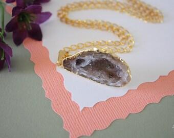 Druzy Necklace Gold, Geode Necklace, Half Slice Geode, Crystal Necklace, Gold Geode Slice Druzy, Egg Shaped Geode, GG105