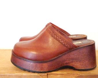 Platform Mules 3 Inch Heel Clogs Brown Slides Leather Shoes Sandals. Club Kid. Wooden Heel. Brazil Boho Chic Romantics Festival Hippie Hippy