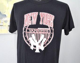 Vintage Yankees Baseball Tshirt Jersey Tee New York City TShirt XL
