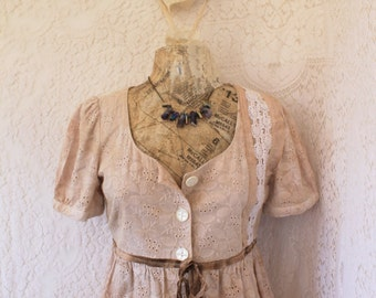 Small Lace Blouse/Paris French Fashion/Cottage Chic/Rustic Farmhouse/Upcycled Clothing/Shabby Chic /Tunic/Tie Dye shirt/Brown and Cream