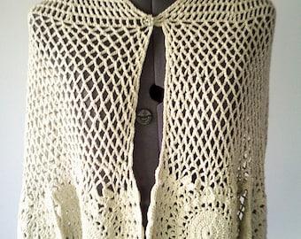 wedding shawl, bridal shawl, vintage crochet shawl, crochet poncho, 70s clothing, 70s wrap, 70s shawl, lurex thread,