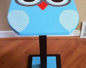 Owl nightstand, owl decor, owl table, owl nursery decor, owl bedroom decor, kid's nightstand, wooden owl table, owl bedside table