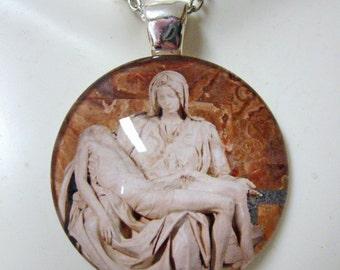 The Pieta glass pendant with chain - GP14-003