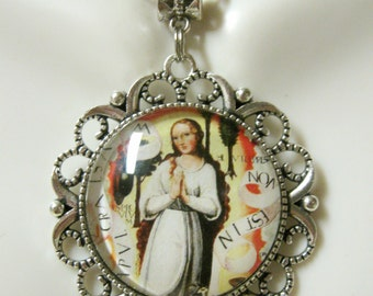 Immaculate conception pendant and chain - AP25-044