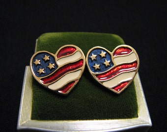 "MINT Vintage Avon 1990 ""Heart of America"" Gold Tone Red White and Blue Enameled Heart Pierced Earrings"