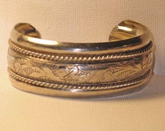 Vintage Wide Silver Tone Etched Metal Cuff Bracelet (BR-2-4)