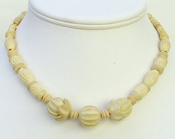 Necklace Celluloid Carved Cream Beads 1930s Vintage