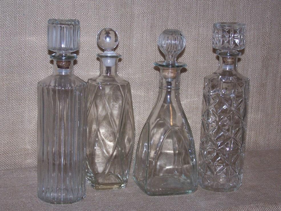 vintage wine decanters set of 4 glass wine decanter glass. Black Bedroom Furniture Sets. Home Design Ideas