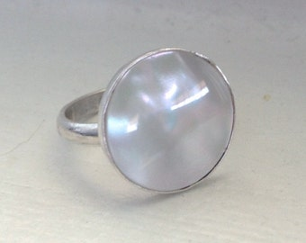 Large 15mm Round White Mother of Pearl Sterling Silver Ring