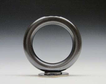 Ikebana vase / wheel thrown / black / handmade / pottery / ring vase / flower vase / home decor / vase / interior design