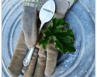 Carrots Garden Marker, Vintage Silverware, Hand Stamped, Silver Spoon, Vegetable Marker, Plant Tag, Gardener Gift, Yard Art, ID Tag, Potager