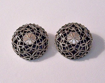 Black Flowered Webbed Layered Clip on Earrings Silver Tone Vintage Extra Large Lucite Round Domed Buttons