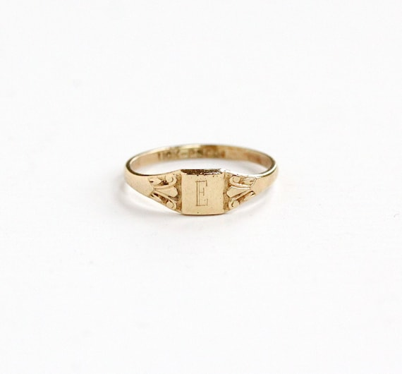 Vintage Art Deco 10k Yellow Gold Letter E Signet By
