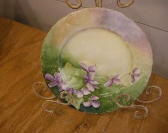 Beautiful Vintage Tilly Plate