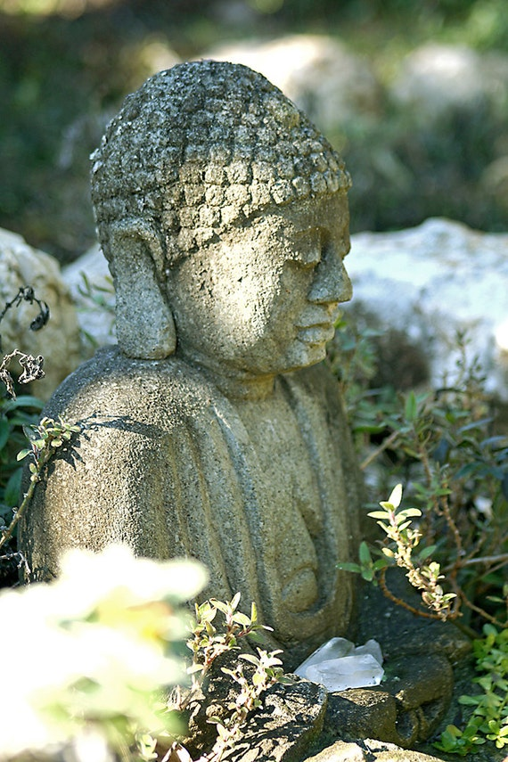 "Buddha With Crystals (5"" x 7"" photographic greeting card - blank inside/with envelope)"