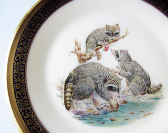 Woodland Wildlife Boehm Raccoons Lenox Collector Plate - 1973 Annual Limited Issue Display Plate - Gift For The Naturalist Man Cave Decor