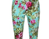 Retro 50s Style Kendra Hawaiian Print Capri Trousers Pin Up Rockabilly