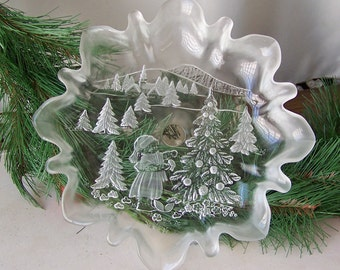 Vintage Serving Dish Pedestal Dish Frosted Glass Christmas Dish Ruffled Edges Christmas Trees Cookie Plate Dessert Dish Vintage 1980s