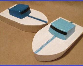 Wooden toy boat the Cedar key