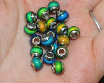 20 Color Changing Round Mood Beads -  6x6mm with large metal grommet hole -20 pieces