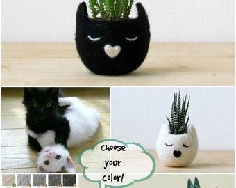 Small succulent pot / Cat head planter / Black cat / Felt succulent planter / cat lover gift - Choose your color!