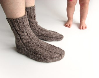 Hand Knitted Cable Men's Socks - 100% Natural Undyed Wool - Brownish Gray - Cozy Warm Gift