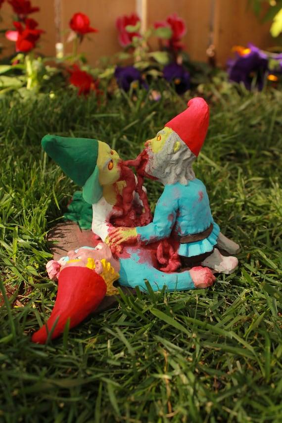 Zombie Gnomes: Love a la carte