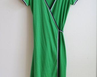 1970's Green Wrap Dress - S/M