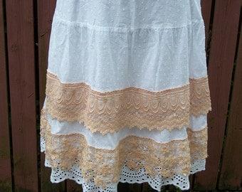 White & Blush Lace Skirt Junk Gypsy Shabby Chic Style - Size Petite Medium