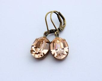 Swarovski light peach earrings, Swarovski earrings, Peach earring, Swarovski earring, pale peach earring, wedding earring, pastel peach VE04