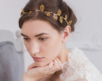 Wedding Hair Vine, Pearl Wedding Hair Vine, Gold Wedding Hair vine, Pearl Hair Crown, Bridal Hair Vine Gold, Leaf Hair Vine