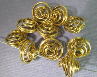 12 Vintage 12mm Coiled Wire Brass Cage Beads Mt271