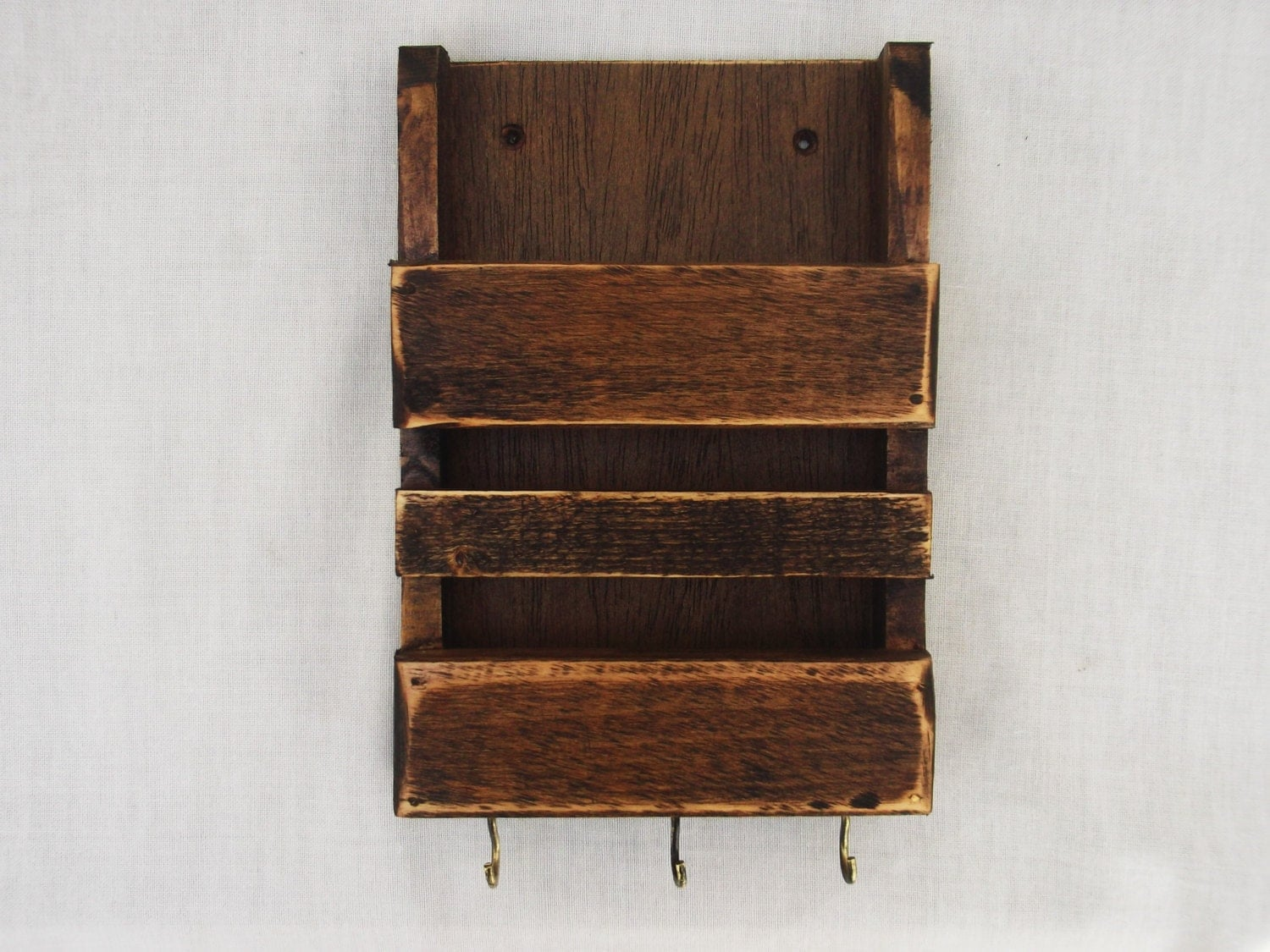 rustic mail holder and key rack decorative wooden wall mail. Black Bedroom Furniture Sets. Home Design Ideas