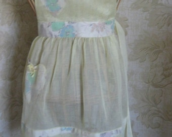 Vintage 1950-60s Apron sheer yellow