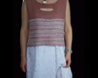 Cropped linen top vest hand knitted with open slits and variegated length, size Medium Large