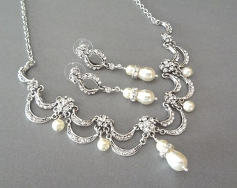 Pearl necklace and earrings set - Victorian,vintage style - Brides jewelry set - Crystal bib necklace - Swarovski pearls and crystals